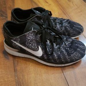 Nike womens size 7.5